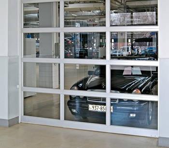 Секційні панорамні гаражні ворота серії АЛПС в Києві