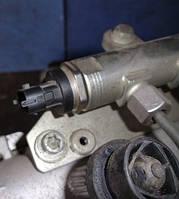 Датчик давления топлива в рейкеOpelCombo 1.3cdti 16V2001-2011Bosch 0281002706