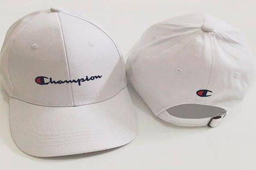 Белая кепка бейсболка Champion