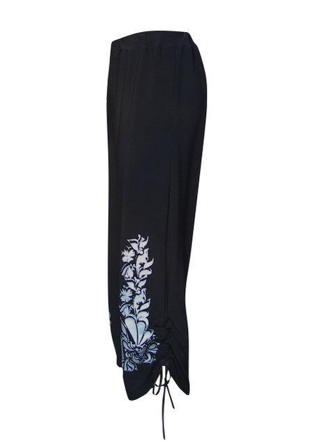 брюки-капри женские- на затяжках