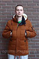 Какая мужская куртка лучше для зимы: с пухом или холлофайбером?