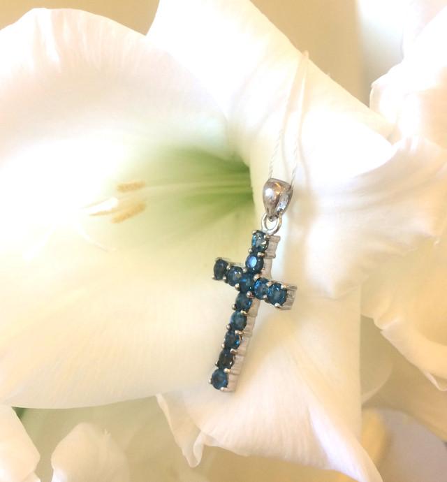 Серебряный крест с Лондон топазом фото 6