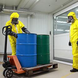Обработка опасных отходов