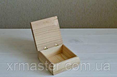 Деревянная шкатулка 150*150 мм