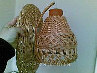 Настенный светильник плетеный из лозы