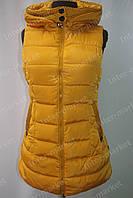 Женская спортивная жилетка безрукавка желтая