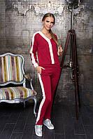 Стильный женский спортивный костюм вишня