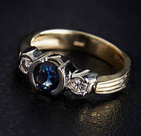 Кольцо из желтого золота с сапфиром и бриллиантами С34Л1№3