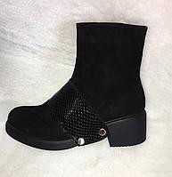 Ботинки весенние женские стильные натуральная замша черные со вставкой из лаковой кожи змеиный принт