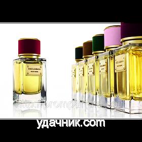 Женская парфюмированная вода Velvet Desire Dolce&Gabbana (роскошный цветочный букет)