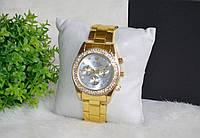 Часы Rolex Daytona с камнями.
