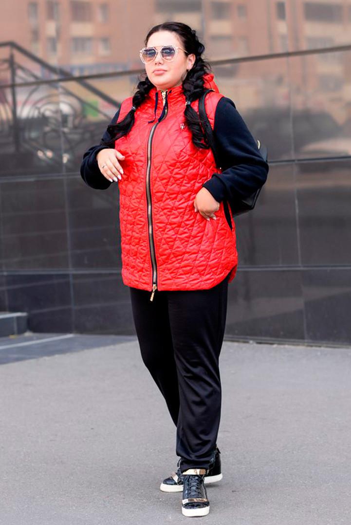 Демисезонная куртка больших размеров Прага красная