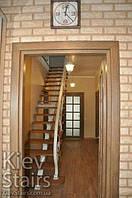 Облицовка прямой лестницы открытого типа деревянными ступенями