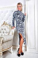 Платье с вызывающим разрезом и шнуровочкой