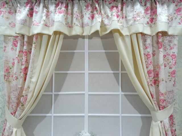 """Готовый набор штор для кухонного окна """"Цветочный Сад"""""""