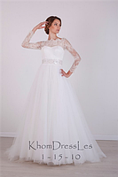 Свадебное платье из кружева-шантильи и евросетки