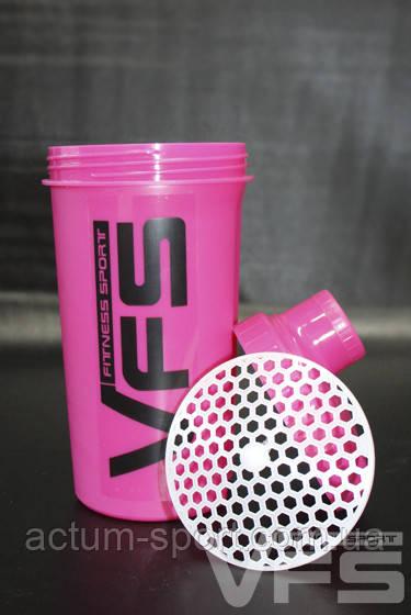 Розовый шейкер для фитнеса