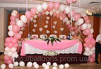 Оформление воздушными шарами стола новобрачных, фото 1