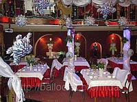 Новогоднее украшение ресторана фольговыми шарами