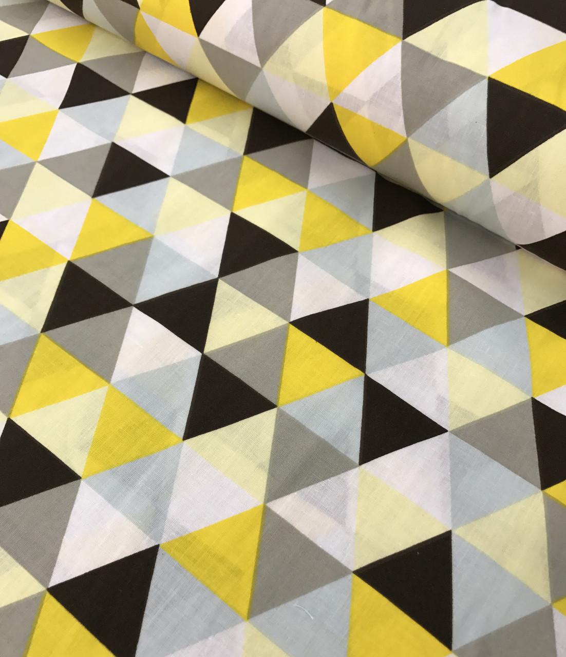 Хлопковая ткань польская треугольники крупные желто-черно-серые №562
