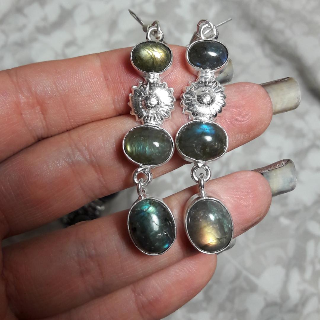 Серьги с лабрадором. Шикарные серьги с натуральным камнем лабрадор в серебре