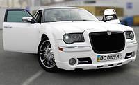Аренда белого Chrysler 300C с черной крышей, фото 1
