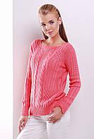 Нарядный женский вязаный свитер с узорами косичками цвет коралл