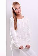 Нарядный женский вязаный свитер с узорами косичками цвет молоко