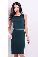 Элегантное женское платье футляр темно-зеленого цвета без рукавов с декоратиным поском