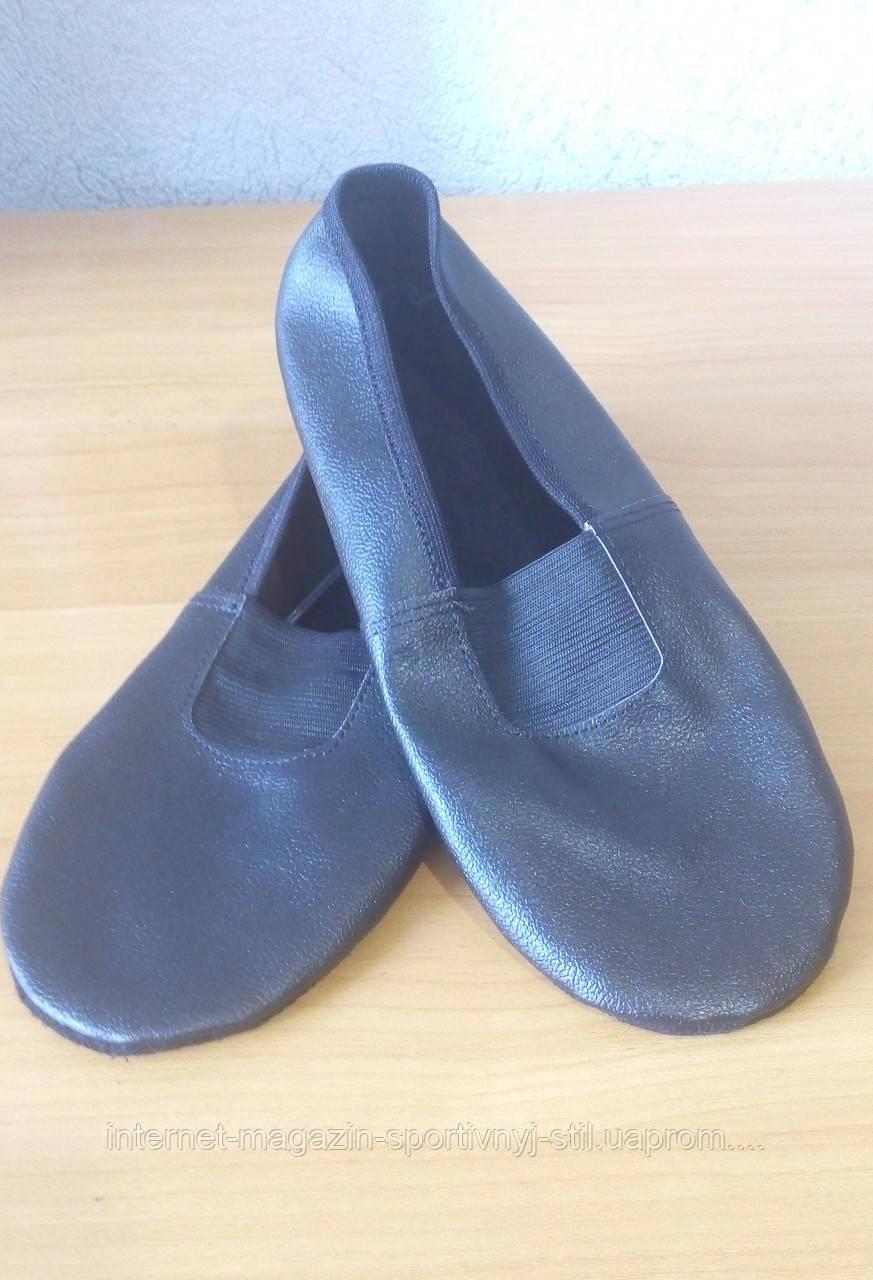 Чешки кожаные  черные подростковые и для взрослых р. 23-25,5 см