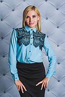 Блуза женская с кружевом голубая