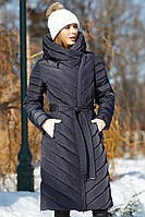 Длинное пальто с массивным воротником-капюшоном