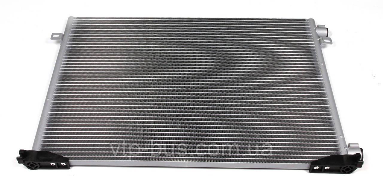 Радиатор кондиционера на Renault Trafic / Opel Vivaro 1,9dCi с 2001... Thermotec (Китай),KTT110104