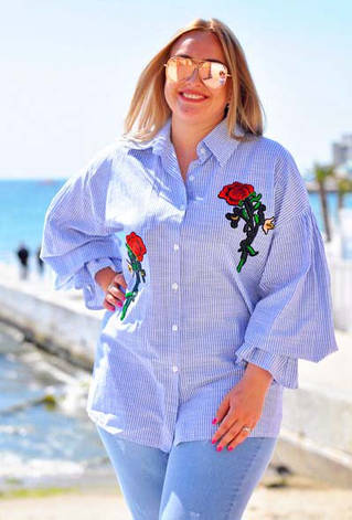 """Элегантная женская блуза-рубашка в больших размерах 055 """"Лён Полоска Разлетайка Розы Вышивка"""", фото 2"""