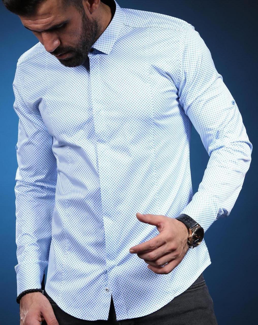 Модная классическая рубашка  для мужчин