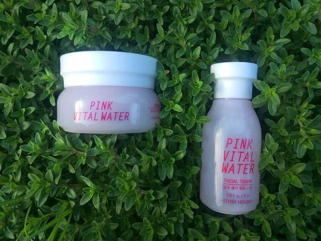 Pink Vital Water Etude House