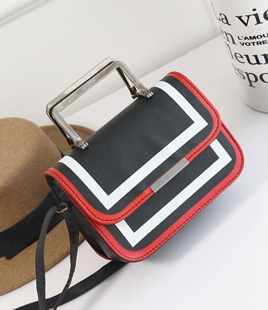 Fashin сумка-клатч с металлическими ручками