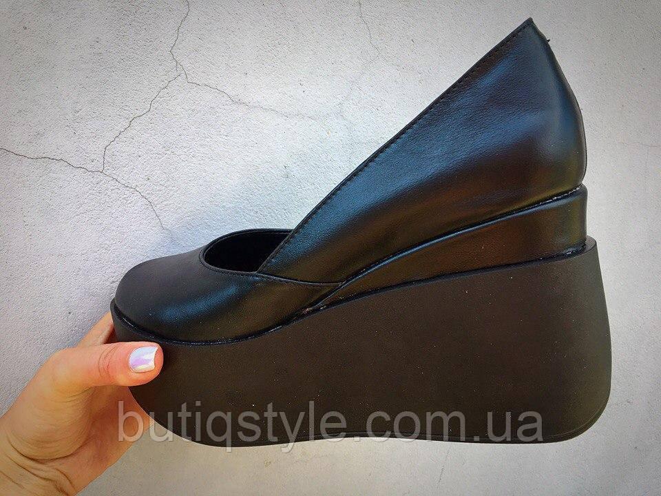 37 размер! Женские кожаные черные туфли Valery на танкетке