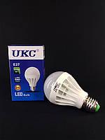 Светодиодная LED лампочка UKC Bulb Light E27 9W