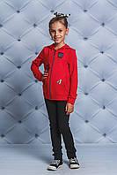 Куртка трикотажная с нашивками красная