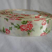 Атласна стрічка з розочками, ширина 2,5 см, колір кремово червоний