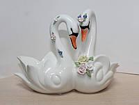 Фарфоровая конфетница Lefard Пара лебедей 101-751