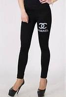 """Лосины""""Chanel""""черного цвета,значок бренда из страз."""