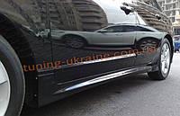 Боковые пороги в Mugen стиле на Honda Civic 2006-2011 седан
