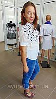 Женская рубашка с вышитыми цветочками из Индии / Размер L (48)