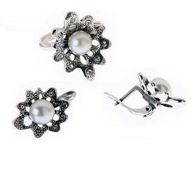"""Гарнитур """"Флуда"""" с жемчугом, покрытый серебром (e08132g0) (В наличии только кольцо 17 размер)"""