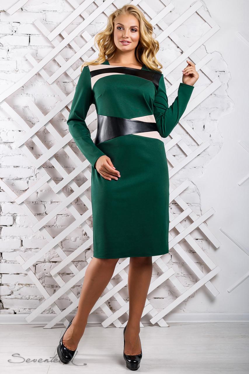 Женское трикотажное платье размеры от 50 до 56, со вставками из эко-кожи, зелёное
