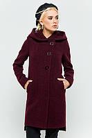 Женское классическое пальто на осень с капюшоном