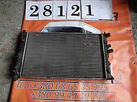 Радиатор охлаждения двигателя Опель Вектра Б 1,6