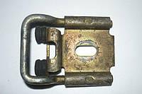 Ответная часть замка двери зад лев Renault Master II 1998-2010